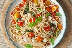 This cheesy, delicious spaghetti dish comes together quickly in one pot, which means this caprese pasta is an easy meal with even easier clean-up!