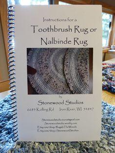 Toothbrush Rug or Nalbinde Rug Instruction Booklet Braided Wool Rug, Woven Rug, Toothbrush Rug, Homemade Rugs, Rag Rug Tutorial, Crochet Home, Rug Hooking, Booklet, Diy Rugs
