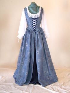 Renaissance Fair Costume, Renaissance Fashion, Renaissance Clothing, Victorian Fashion, Vintage Fashion, Medieval Costume, Steampunk Fashion, Gothic Fashion, Old Fashion Dresses