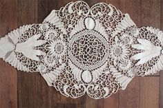 This Pin was discovered by Ewa Lace Doilies, Crochet Doilies, Crochet Lace, Crochet Motif, Irish Crochet, Romanian Lace, Lace Tattoo, Point Lace, Macrame Patterns