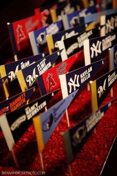 Boston-Red-Sox-place-cards-e1383677607392.jpg 300×450 pixels
