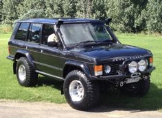 Classic Car News Pics And Videos From Around The World Land Rover Discovery, Discovery 2, Range Rover Off Road, Bmw K100, Suv Models, 4x4 Van, Range Rover Classic, Off Road Adventure, Land Rover Defender