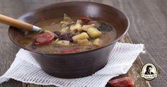 Esta sopa está associada a um conto, que teve origem na zona de Almeirim, a capital da Sopa da Pedra.