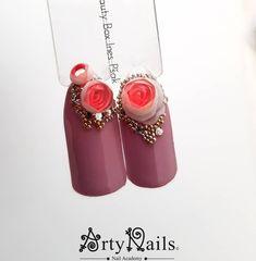 Candy balls ili bubble art ruže Arty Nails Nail Academy Varaždin #candyballs #candy #sweet #flowers #rose #roses #trend #beauty #nails #nailart #nailacademy #oslikavanje #3d #bubbleart #bubbles #ruze #spring #lovemyjob @artynails
