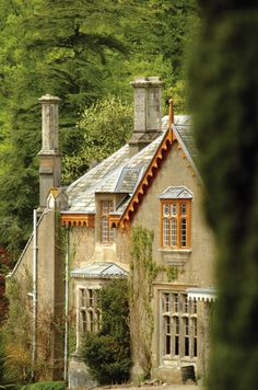 Hotel Endsleigh, Milton Abbot, Tavistock, Devon, England - (This could be fun. English Country Manor, English Manor Houses, English Style, English Countryside, Beautiful Homes, Beautiful Places, Tavistock, Town And Country, House Styles
