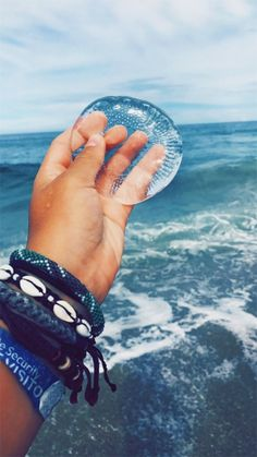 See more of maddiebonzella's content on VSCO. Beach Aesthetic, Summer Aesthetic, Aesthetic Photo, Ocean Pictures, Summer Pictures, Daughter Of Poseidon, Vsco, Ocean Wallpaper, Aesthetic Videos