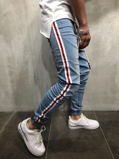9aab385a39eb 25 Best Striped Jeans images | Fashion outfits, Stripes, Woman fashion