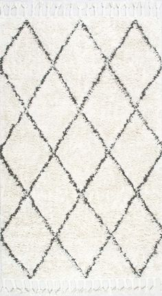 The plush hand knotted, 100% woolen rug is a welcome cushion to your tired feet…