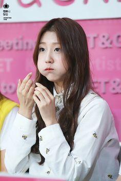 Lovelyz - Jung Ye In (Yein)