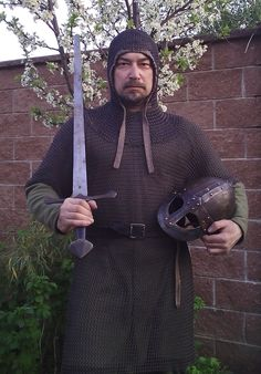 Chain Mail, Sword, Armour, Medieval, Fashion, Moda, Chain Letter, Body Armor, Fashion Styles