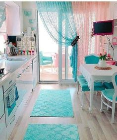 [New] The Best Home Decor (with Pictures) These are the 10 best home decor today. According to home decor experts, the 10 all-time best home decor. Shabby Chic Kitchen, Home Decor Kitchen, Retro Home Decor, Kitchen Ideas, Living Room Decor, Bedroom Decor, Simple Kitchen Design, Home Decor Furniture, Interior Decorating