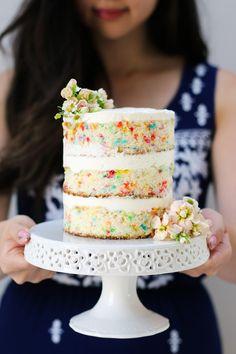 Sweet Funfetti Cake Recipe Funfetti Cake with Whipped Cream Cheese Frosting Smash Cake Girl, Girl Cakes, Smash Cakes, Vegan Funfetti Cake Recipe, Funfetti Wedding Cake Recipe, Cake Mix Whoopie Pies, Smash Cake Recipes, Dessert Recipes, Small Birthday Cakes
