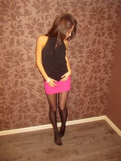Love for Pantyhose: Photo Pantyhose Outfits, Black Pantyhose, Black Tights, Nylons, Tights And Heels, Tights Outfit, Silk Stockings, Black Stockings, Stocking Tights
