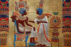 king tut with his wife ankhesenamun -