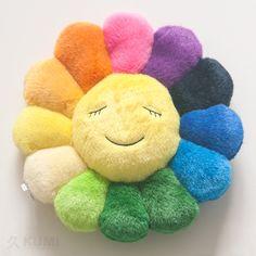 takashi-murakami-flower-cushion-rainbow-30cm-2