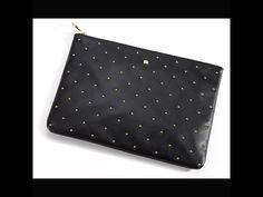 Bolso rectangular con apliques dorados, de Gloria Ortiz