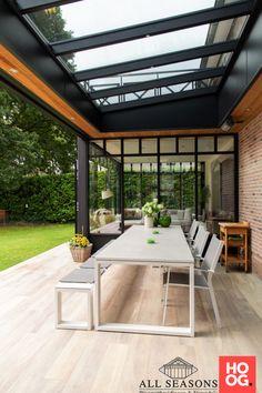 Contemporary Garden Rooms, Cozy Patio, Patio Enclosures, House Extension Design, Appartement Design, Outdoor Living Rooms, Garden Deco, Backyard Patio Designs, Canopy Outdoor