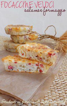 focaccine veloci salame e formaggio in padella ricetta facile e gustosa