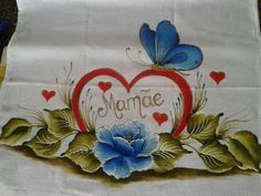 Imagem relacionada #pinturaentela Rose Art, Fabric Painting, Napkins, Barbie, Fabric Crafts, Crafts For Children, Pictures To Paint, Embroidery Machines, Hand Embroidery