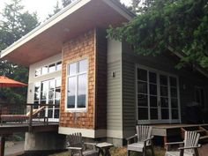 Contemporary cabin plans sq ft contemporary cabin love the floor plan perfect contemporary houses plans . Small Tiny House, Tiny House Living, Small House Plans, Small Houses, Small Cabins, Building A Porch, Building A House, Building Ideas, 800 Sq Ft House