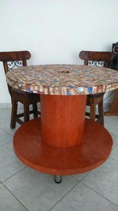 Mesa de comedor, bobina de madera
