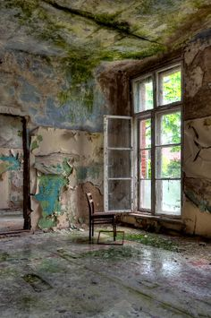 The Decaying Remains of Abandoned Hospitals looks like watercolor