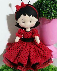 ARTESANATO COM QUIANE - Paps,Moldes,E.V.A,Feltro,Costuras,Fofuchas 3D Fabric Dolls, Paper Dolls, Handmade Toys, Handmade Crafts, Crochet Projects, Sewing Projects, Felt Fairy, Felt Patterns, Sewing Dolls