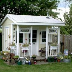 Nice 44 Cool Diy Backyard Studio Shed Remodel Design Decor Ideas. More at https://trendhomy.com/2018/02/26/44-cool-diy-backyard-studio-shed-remodel-design-decor-ideas/ #shedideas