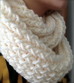I reeeealllly want to do this. -DIY: How to use a knitting loom to make an infinity scarf