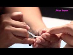 Gelux™ + UV Powder  #MiaSECRET In this case, we show the combination of Gelux™ soak off gel polish with UV Powder to create a high relief or 3D. This great innovation was created in the main company in the United States. Here is the video where Blanca Martinez, Mia Secret's Mater Nail Technician, makes a fantastic nail art and uses the new combination of Gelux™ and UV Powder.
