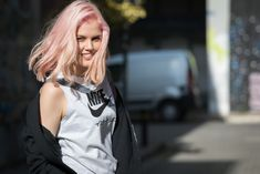 #imikriollandeza #nike #nikecampaign #pinkhair #pastelpink #pastelhair #pinkpastelhair Nike Campaign, Pastel Pink Hair, New Hair, Youtubers, Poses, Photo And Video, Outfits, Instagram, Fashion