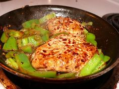 Spice up your tongue, spice up you life ;-)- garlic lemon chicken with green pepper and red pepper flake