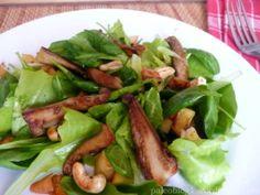 Hlívový salát s jablky a oříšky - OYSTER MUSHROOM APPLE SALAD WITH NUTS