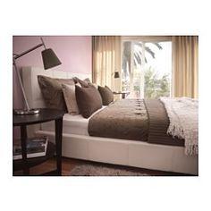 pillows arrangement