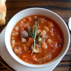 White Bean & Mushroom Stew. Delicious and healthy vegan stew.
