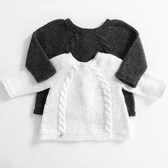 Ministrikk love. We'll never run tired of watching your beautifully knitted Back Buttoned Jumpers, @frktinemor.    Grått og hvitt, som hånd i hanske. Ingenting som å ha en koksfarget Knapper bak-genser å vokse inn i :) Pattern: Ministrikk.no