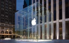 Apple Granted Patent for Fifth Avenue Glass Cube Store Design Cube Store, Facts About America, New York City Guide, Glass Cube, Upper West Side, Apple Inc, Retail Design, Store Design, Design Shop