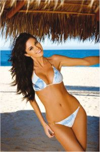 Jayde Nicole made history after being the first Canadian Playboy Playmate of the Year after 26 years. Get to know her here and see some of her sexy photos! Tan Bikini, Bikini Swimwear, Sexy Bikini, Bikini Girls, Swimsuits, Bathing Beauties, Photos Of Women, Bikini Bodies, Natural