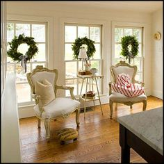 hanging wreaths in the window, simple and classic for Christmas