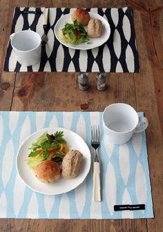 テーブルマット テイヤブルーン ラミネート ヘツキ ブルー 32×45cm