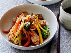 Spicy Szechuan Stir-Fry : Szechuan peppercorns and a dollop of chile paste give this quick chicken-and-vegetable dinner its enticing heat.