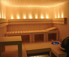 Each pattern begins with a steam bath, and its interior should be to equip a very comfortable and cozy. The sauna and steam all should be harmonious, in the bath are not welcome flashy and fanciful shapes, and bright colors are not welcome. The sauna… Sauna A Vapor, Sauna Seca, Indoor Sauna, Traditional Saunas, Sauna Design, Gym Design, Finnish Sauna, Sauna Room, Basement Sauna