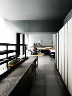 Patricia Urquiola designed for Boffi the new kitchen collection Salinas... Counter top nerosicilia