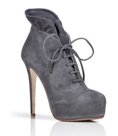 Cute heels a-great-pair-of-shoes-makes-everything-ok Hot Shoes, Crazy Shoes, Me Too Shoes, Women's Shoes, Stilettos, High Heels, Platform Ankle Boots, Shoe Boots, Cute Heels