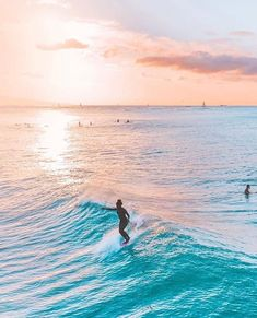 The thing that is first do every early morning is go online to check the surf. If the waves are good, I'll go surf. Big Island Hawaii, Island Beach, Beach Images, Beach Pictures, Beach Photography, Landscape Photography, Beach Boys, Beach Pink, Summer Beach