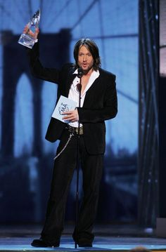 Keith Urban - The 39th Annual Country Music Association Awards - Show