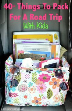 Planning a road trip? Here are 40 Things To Pack For a Road Trip With Kids to keep them entertained and happy including tips, free printables and easy ideas. Road Trip Activities, Road Trip Games, Activities For Kids, Road Trip Packing, Road Trip Essentials, Packing Tips, Vacation Packing, Travel Packing, Vacation Ideas