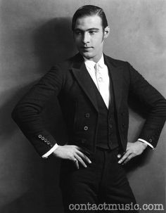 Blood and Sand, he Four Horsemen of the Apocalypse, Now That's a Look!, Rudolph Valentino, Silent Film Star - See more at: http://www.adancersprism.com/category/costume/page/2/#sthash.RbR38L6z.dpuf