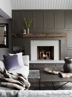 Salón con chimenea #Salones #Living_room #dark_livingroom #gris