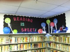 Elementary library display